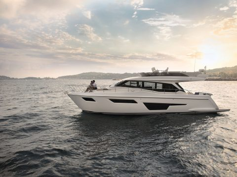 New Ferretti Yacht 500 Exterior