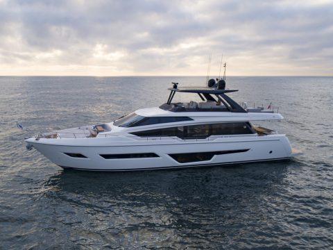 Ferretti Yacht 780 Re style